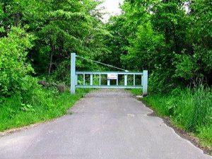 聖の滝林道ゲート
